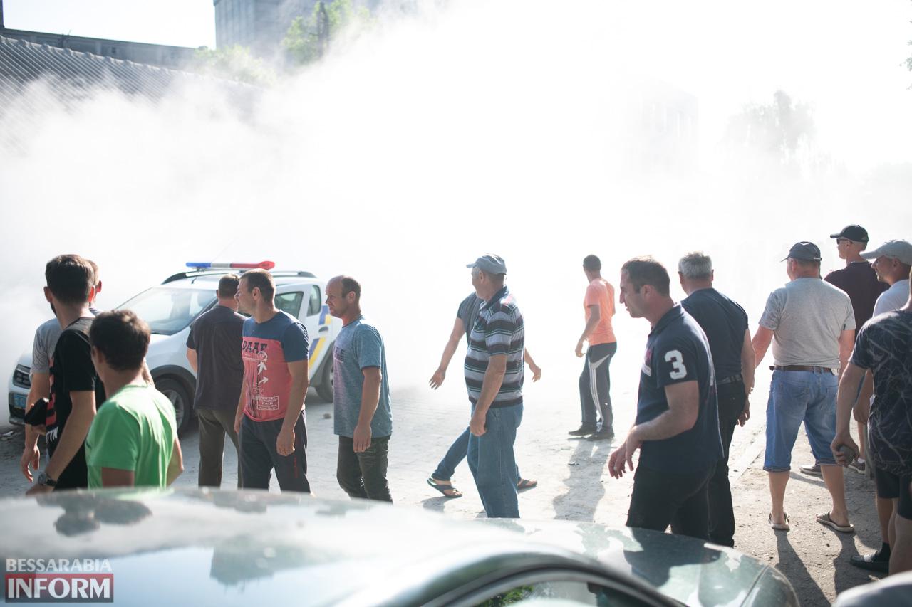 Противостояние на Измаильском элеваторе: как это было (большой фоторепортаж)