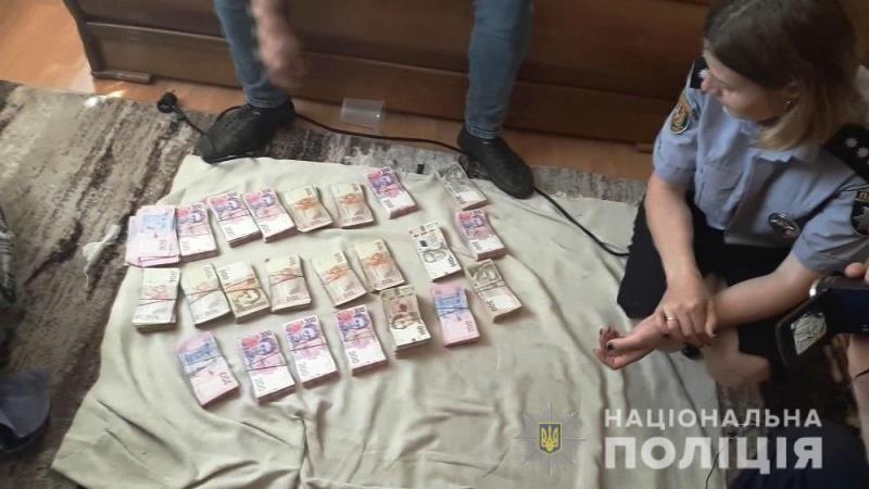 В Одесской области полиция изъяла несколько тонн смеси маковых семян и соломки на рекордные 10 миллионов гривен