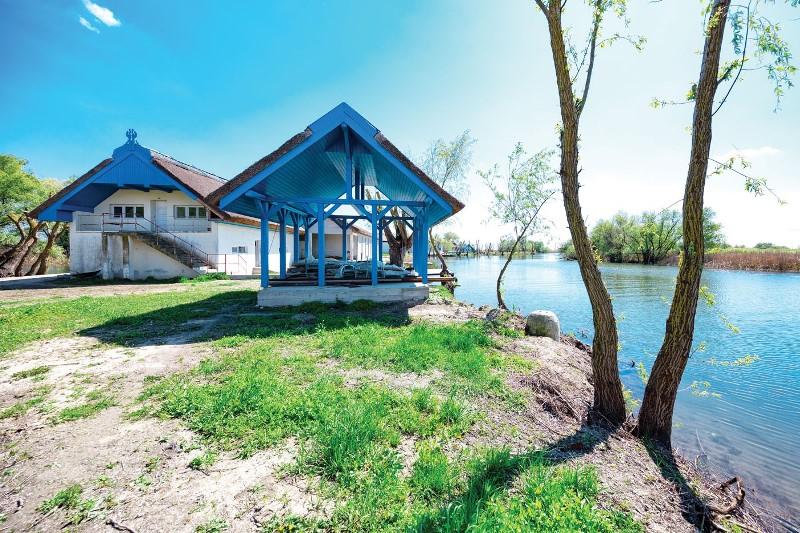 В Дельте Дуная продается целый остров в форме улыбки. Объект Всемирного наследия ЮНЕСКО. Недорого