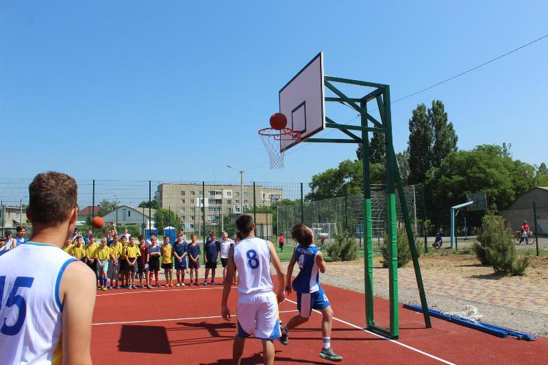 В Аккермане открылся многофункциональный спортивный комплекс