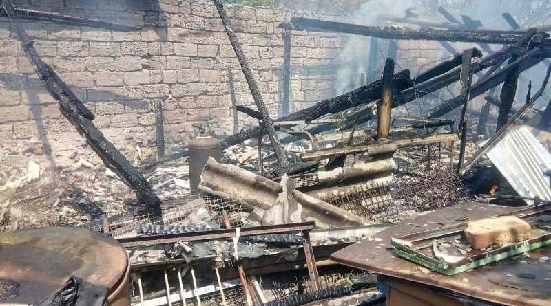 Дом спасли, но пострадала живность: в Татарбунарах из-за пожара погибли кролики и бройлеры