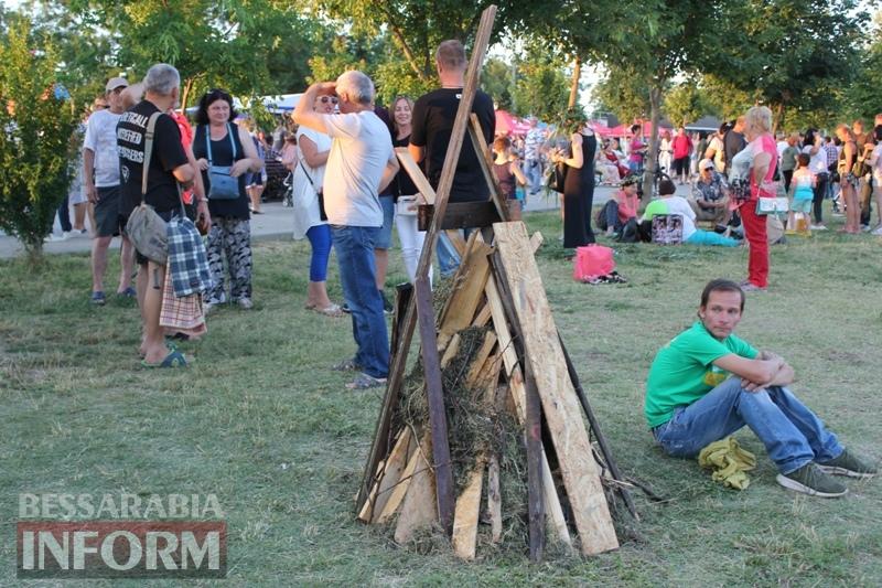 Не изменяя традиции: в Измаиле на берегу Дуная отметили этнопраздник Ивана Купала