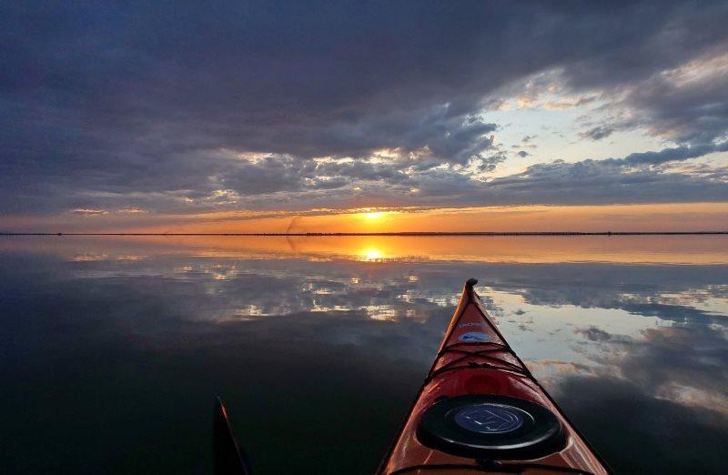 Невероятная красота Бессарабии: удивительный закат на озере Кугурлуй