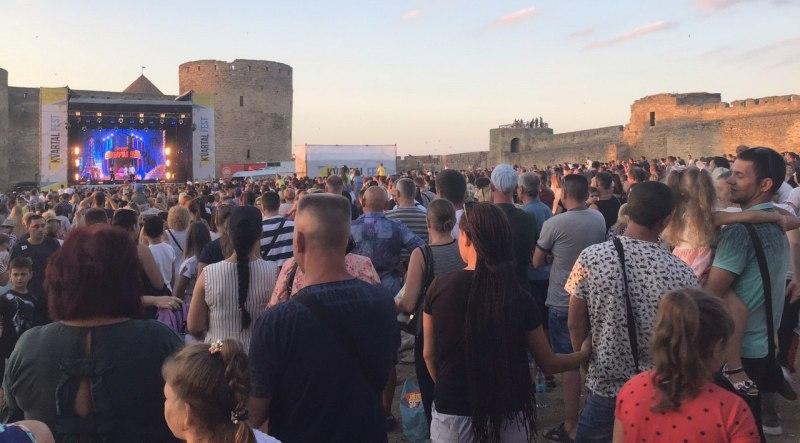 """В Аккерманской крепости состоялся концерт Студии """"Квартал 95"""""""