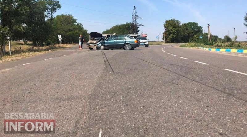 На трассе Спасское-Вилково столкнулись Audi и Niva Chevrolet