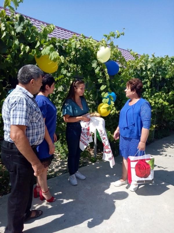 Измаильский р-н: девушка-сирота из Старой Некрасовки стала счастливой обладательницей собственного жилья
