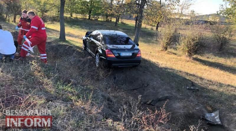 На трассе Одесса-Рени за Измаилом Mercedes на большой скорости протаранил дрифтующий BMW