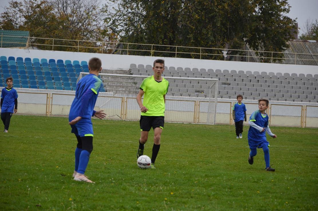 Чемпионат на Кубок мэра: в Килии состоялся второй тур между командами Школьной футбольной лиги