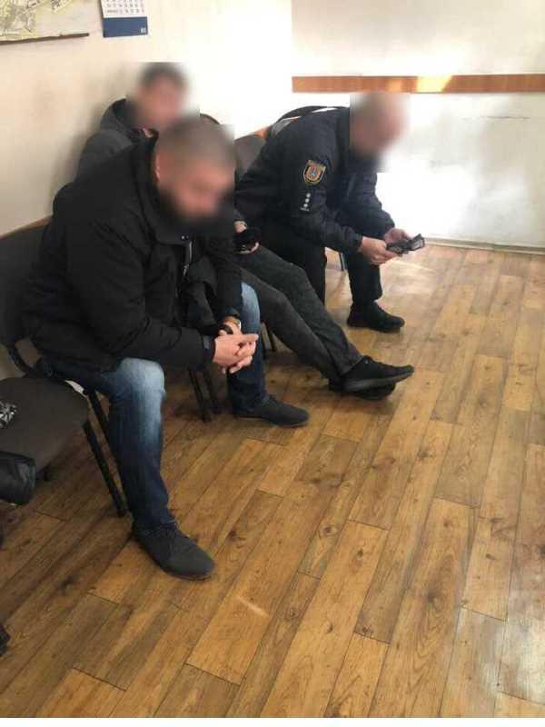 В Одессе трое полицейских избили возможного подозреваемого - прокуратура вручила им подозрение