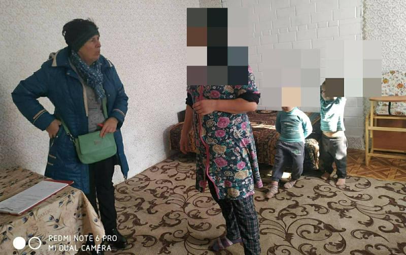 Полицейские Белгорода-Днестровского проверяют проблемные семьи