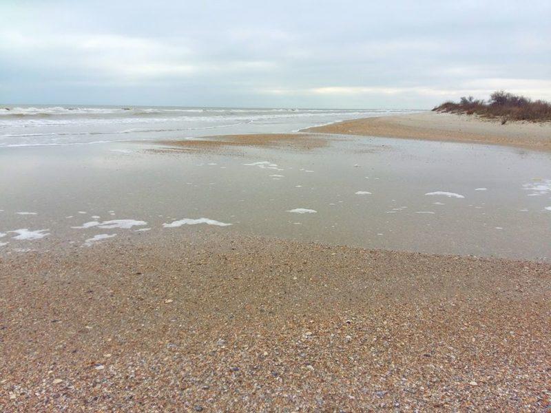 Ветер заблокировал единственную прорву между Чёрным морем и Тузловскими лиманами