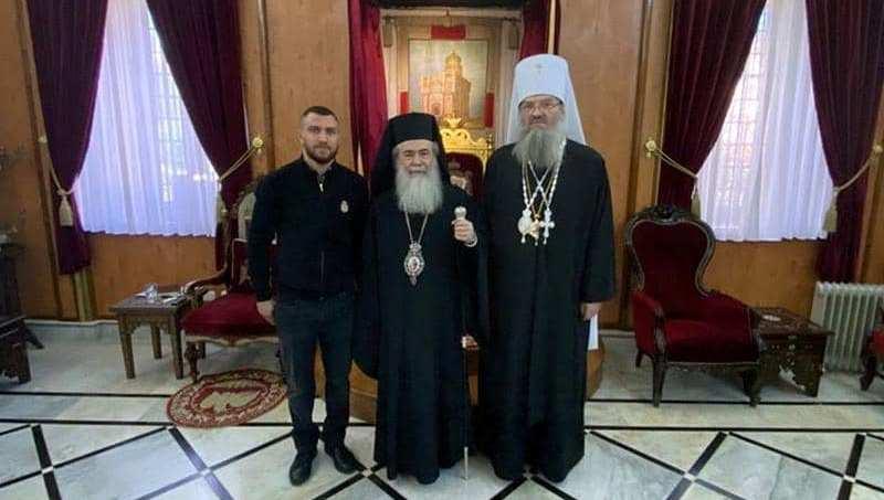 Василий Ломаченко принял участие в богослужении в Иерусалиме