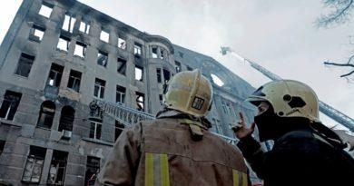 Количество жертв трагедии в одесском колледже возросло до пяти — ночью из-под завалов достали еще одно тело