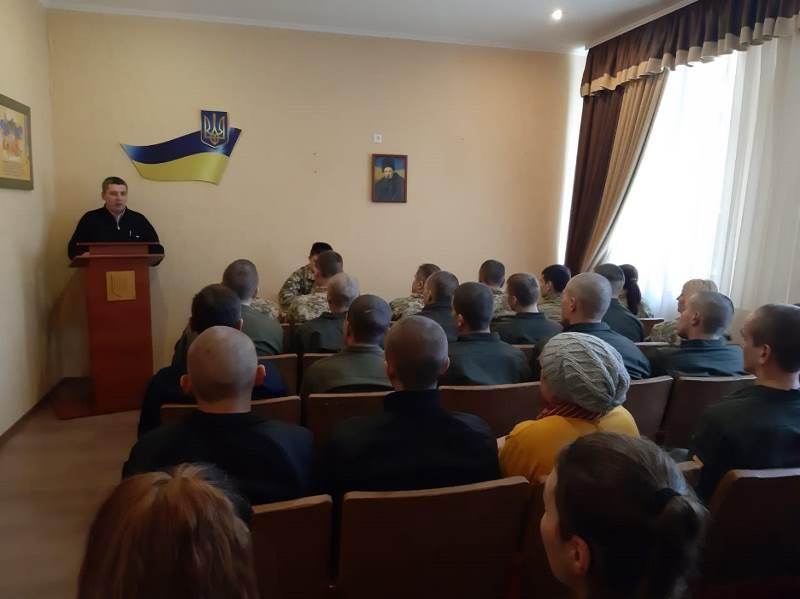 Измаильский пограничный отряд в день борьбы с коррупцией посетили нацгвардейцы