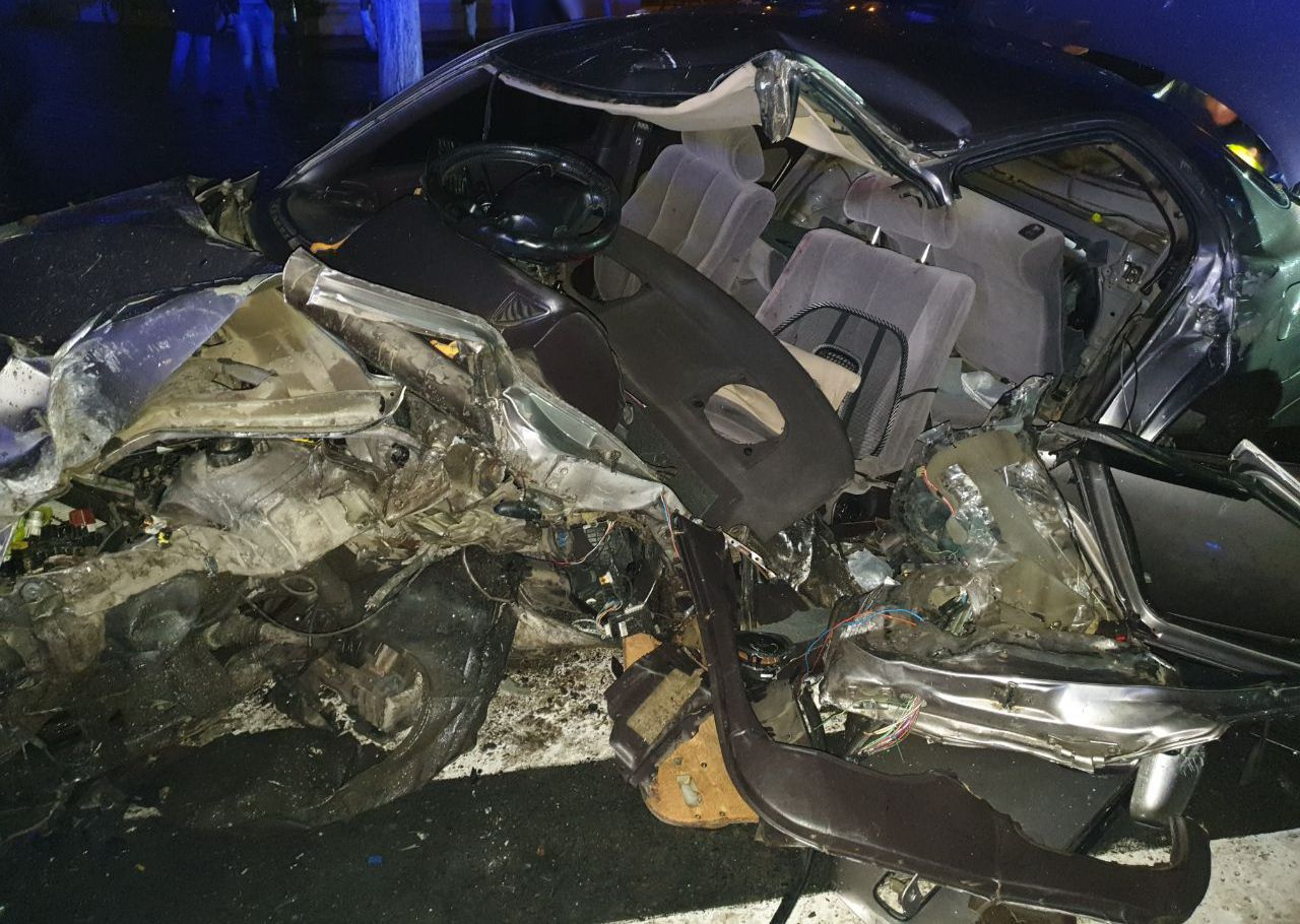 В Измаиле в больнице скончался 24-летний водитель Toyota Camry, влетевший неделю назад в столб на площади Мира