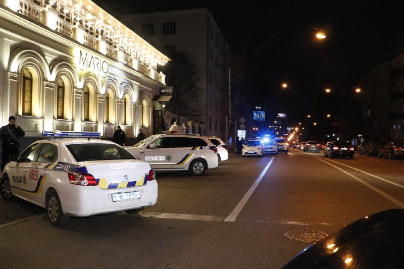 В центре Киева расстреляли автомобиль бизнесмена: погиб его трехлетний сын