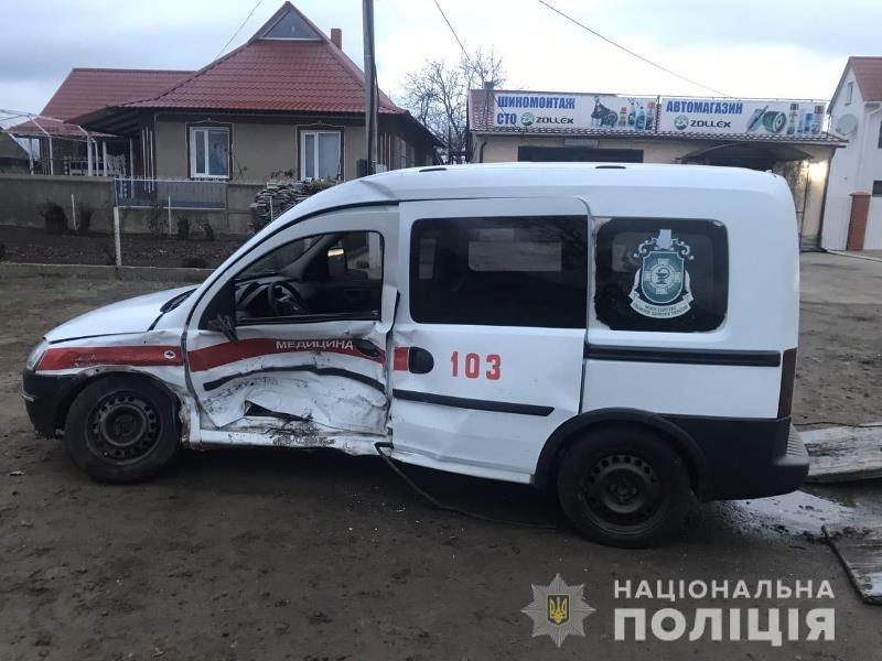 Стали известны подробности ДТП в Саратском районе, в котором пострадала врач-педиатр и погиб водитель скорой