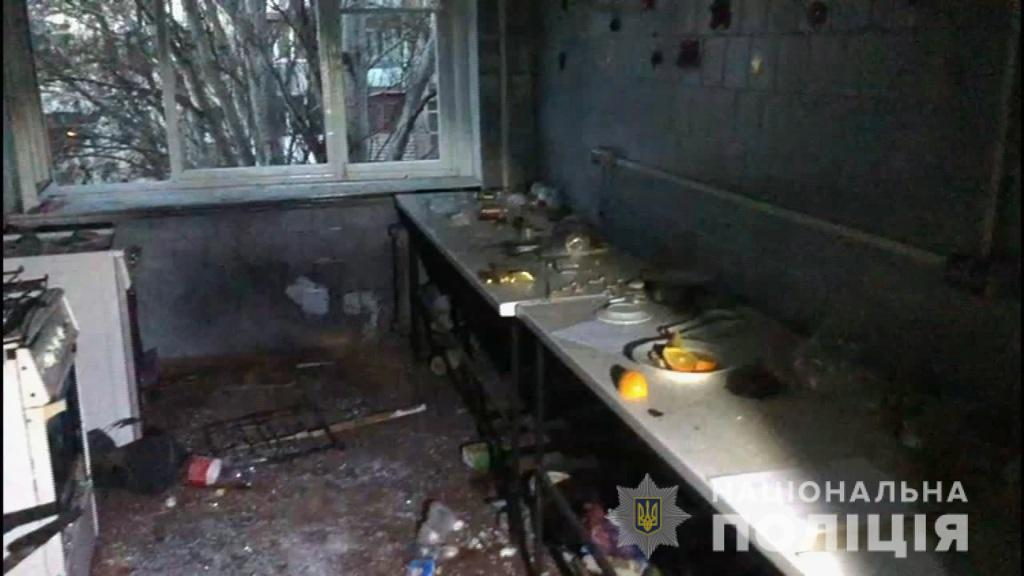 Бросил гранату в комнату, закрыл дверь и убежал: в одесском общежитии от взрыва серьезно пострадали люди