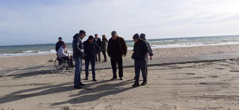 В курортном поселке Сергеевка планируют обустройство специального пляжа для людей с инвалидностью