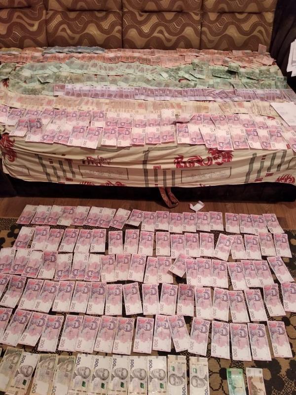 В Одесской области разоблачили масштабную схему поставок и реализации контрафактных сигарет из ОРДЛО