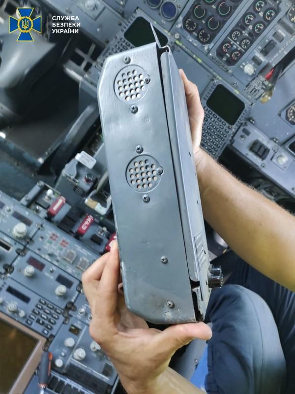Могло привести к человеческим жертвам: CБУ выявила в Одессе схему некачественного обслуживания самолетов украинской авиакомпанией