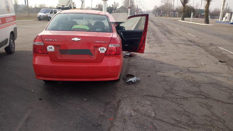На въезде в Измаил возле автозаправки произошло ДТП - одну из пассажирок госпитализировали