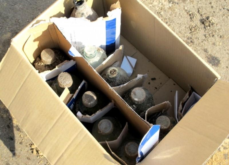 """В Одессе учащихся школы эвакуировали из-за лужи """"амиачной воды"""""""