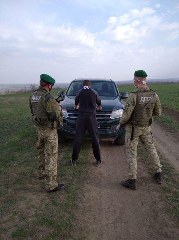 Пока граница на замке: житель Одесской области организовал нелегальный канал переправки людей в Молдову