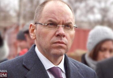 Глава МОЗ Степанов предупредил украинцев о «тяжелых неделях»