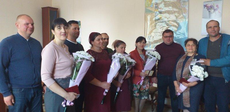 """Самая важная и трудная работа в мире: пять жительниц Татарбунарского района получили почетное звание Украины """"Мать-героиня"""""""