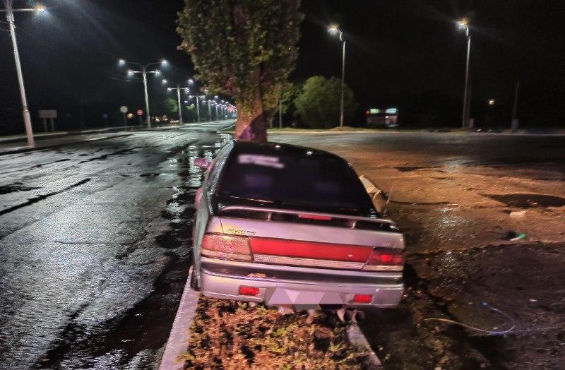 В Измаиле пьяный водитель снёс топливную колонку на АЗС