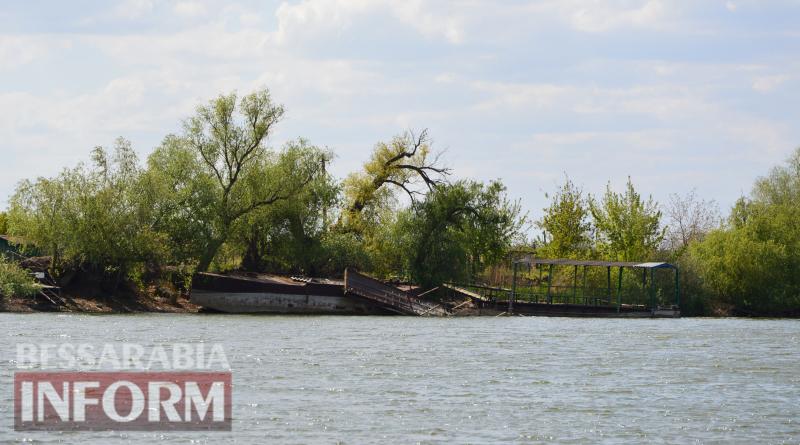 Обмелевший Дунай в Килии открыл два снаряда времен Второй мировой войны, что остановило работу паромной переправы