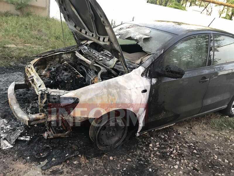 Автомобиль, соженный ночью в Измаиле, принадлежал известному активисту и автоблогеру, у которого был конфликт с полицией