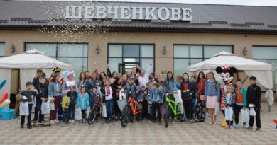 Представитель «Фонда Добра и Любви» Марк Дубовой совместно с Килийским горсоветом организовал благотворительный бал для детей
