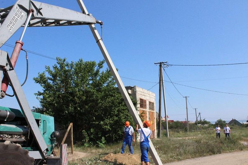 В Белгороде-Днестровском начался ремонт уличного освещения