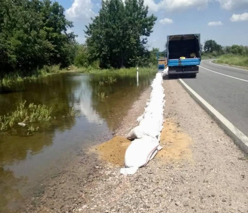 Пик паводка на Днестре почти пройден, но в ближайшие дни возле села Маяки ожидается повышение уровня воды - могут перекрыть трассу Одесса-Рени