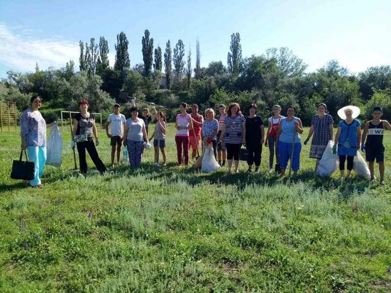 Экоэстафета в Болградском районе набирает обороты - к акции присоединились морпехи, а в Оксамитном расчистили три новых родника