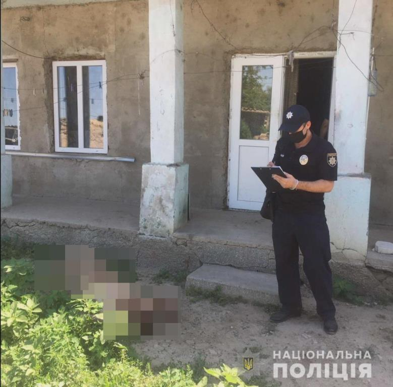 Забил костылями до смерти: в Ренийском районе 65-летний мужчина убил соседа из-за денег