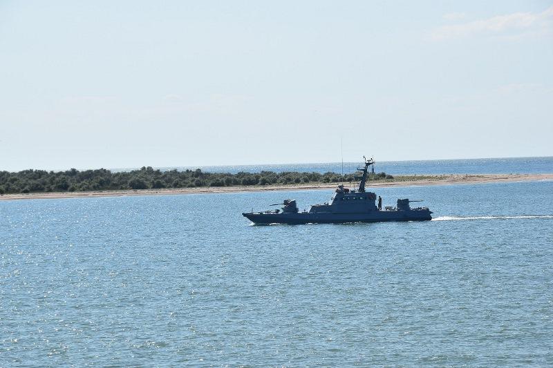 """""""Захватывали"""" побережье и """"брали"""" высоту: болградские морпехи провели совместные учения с моряками и авиацией"""