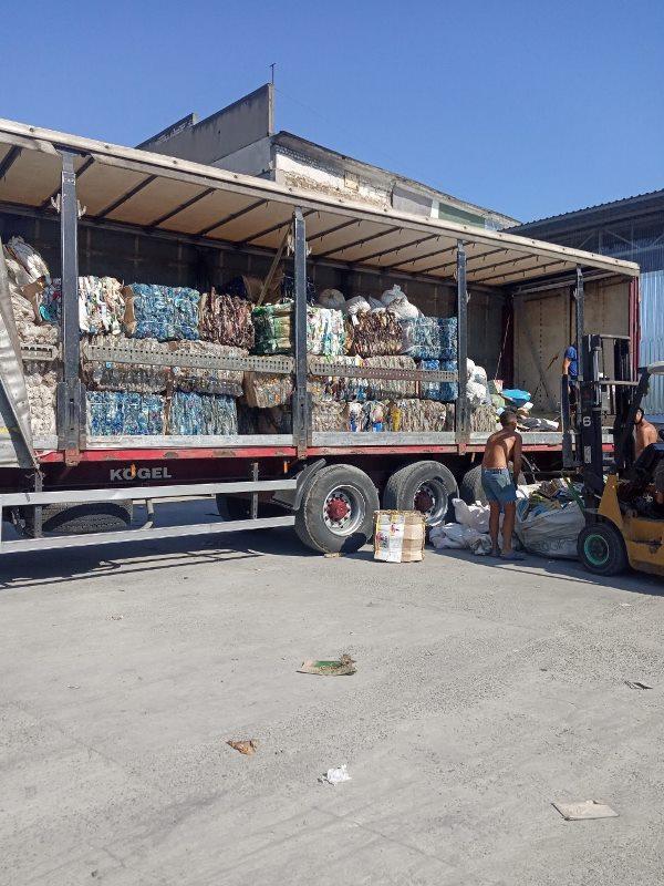 В Татарбунарах налаживают процесс сбора пластика - власти обещают организовать сортировку стекла и макулатуры