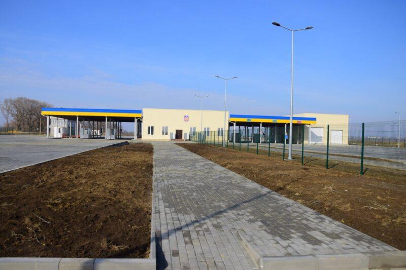 Паромная переправа Орловка-Исакча заработала - пока только для грузового транспорта