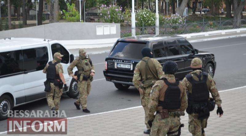 Громкое задержание в центре Измаила: задержанному инкриминируют незаконный оборот с оружием