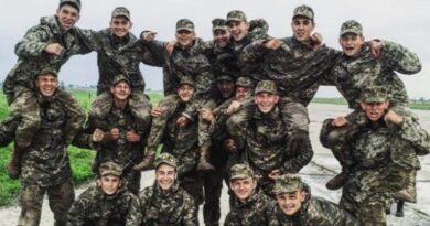 Появилось видео момента падения АН-26 и фото курсантов, которые были на борту