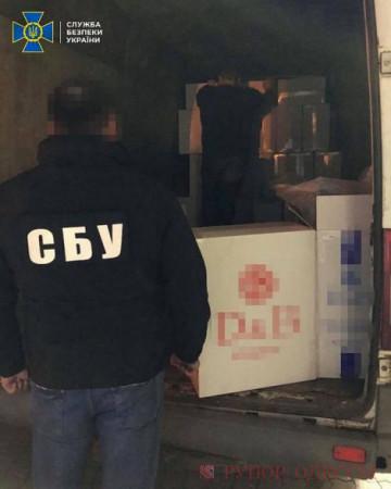 СБУ в Одесской области задержала крупную партию контрабандных сигарет