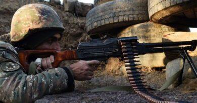Еще одна война: на границе Азербайджана и Армении начались боевые действия