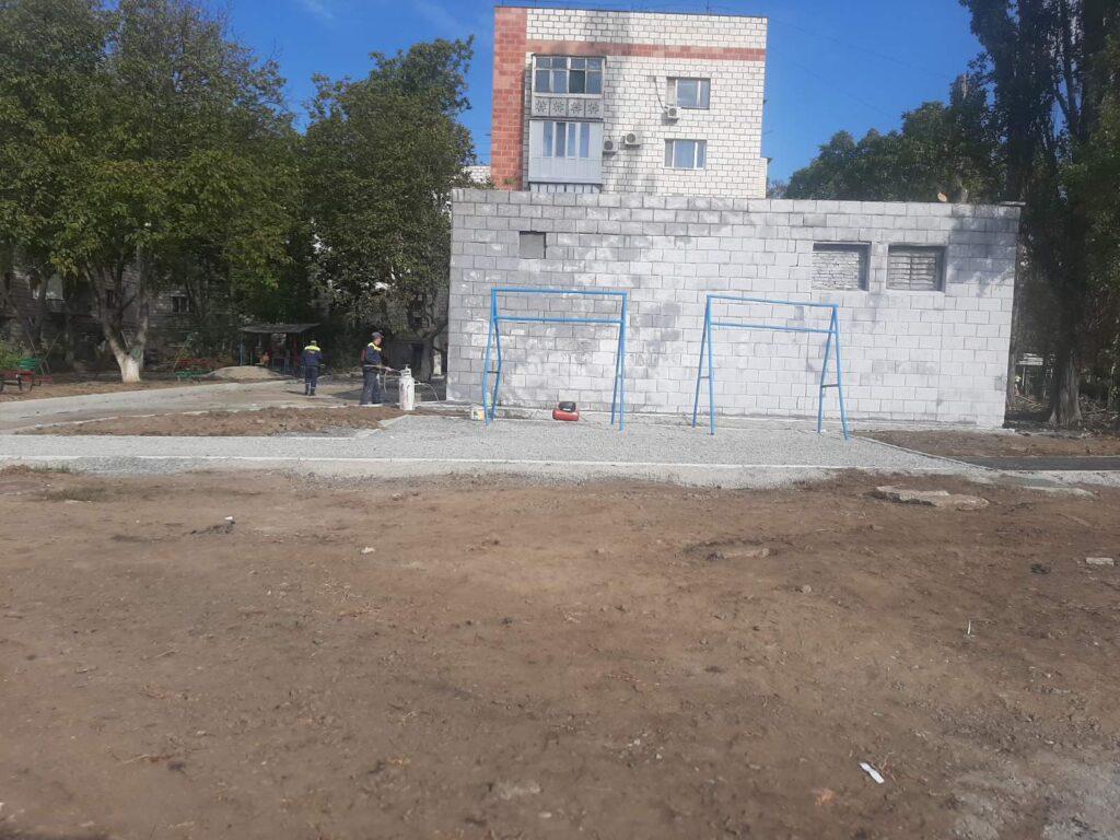 Осенние ремонты в Измаиле продолжаются: какие дворы, улицы и грунтовые дороги на очереди