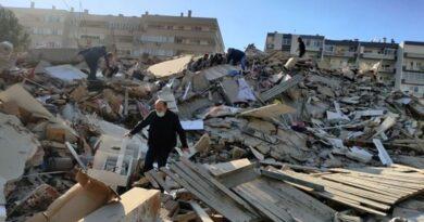 Сильнейшее землетрясение в Средиземноморье: В турецком Измире разрушено 20 зданий, есть жертвы