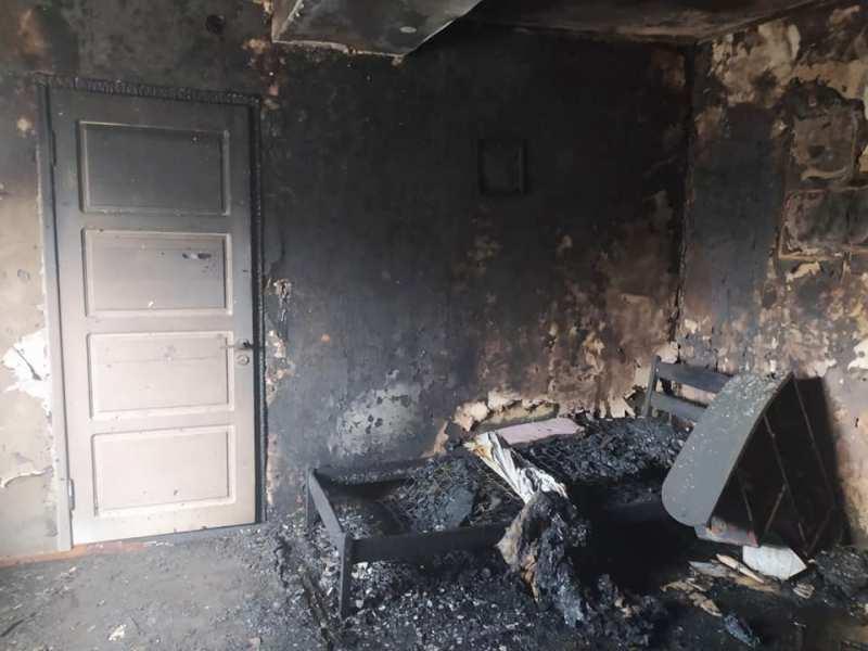 В Килии дотла выгорела комната частного дома, пока в соседней находились маленькие дети