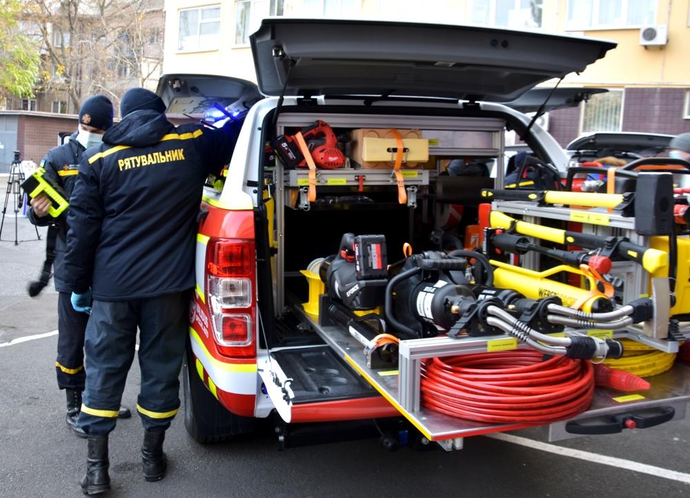 Автопарк спасателей Рени и Болграда пополнился новой спецтехникой
