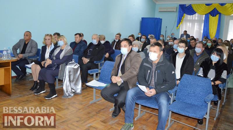 В Килии состоялась первая сессия нового созыва городского совета: мэр и депутаты приняли присягу